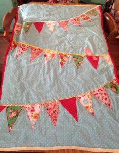 quilt_spring_bunting_floral